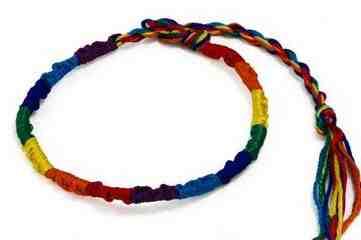 Comment faire des bracelets brésiliens à 3 fils?