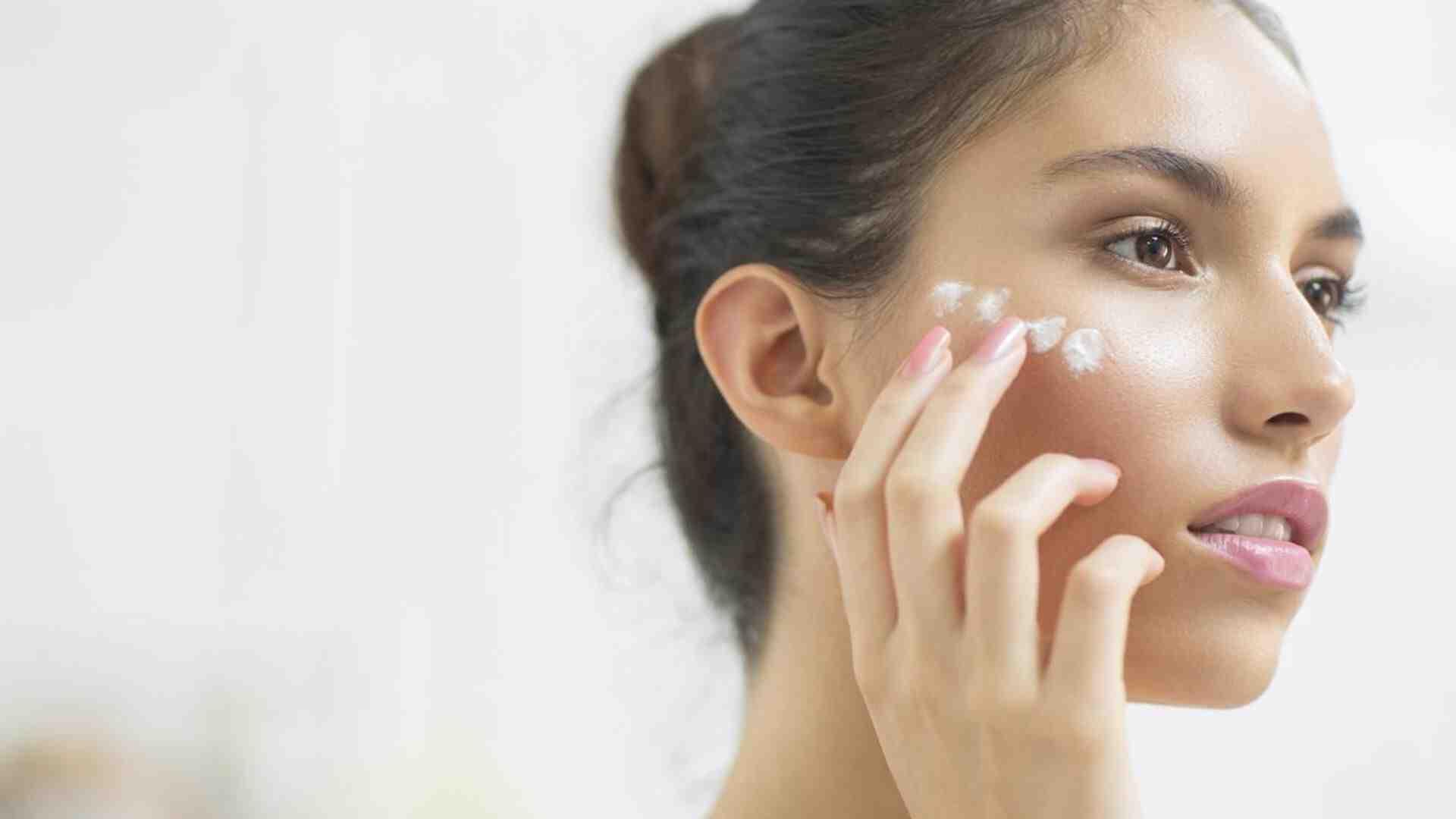 Comment éliminer rapidement les boutons sur le visage?