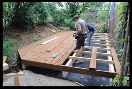 Comment faire une terrasse en bois pas chère?