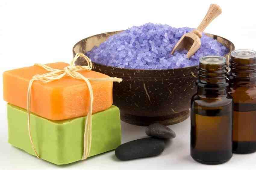 Quels sont les ingrédients pour fabriquer du savon?